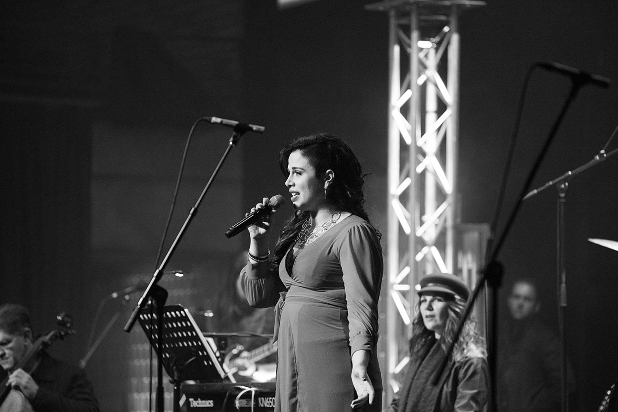 event photography All the way from Bloem artist singing photos by Mudboots Freestate Art festival