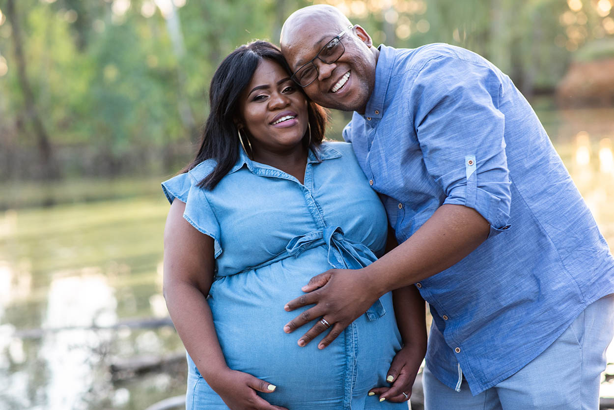 Maternity photos by Mudboots Photography couple wearing denim in Bloemfontein