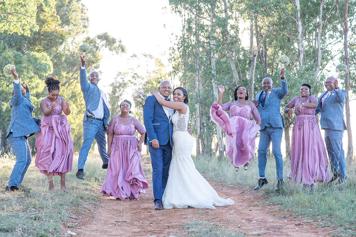Wedding at Imvelo Safari Lodge Bloemfontein pink and blue theme photography by Mudboots wedding and event photographyodge Bloemfontein pink and blue theme photography by Mudboots wedding and event photography