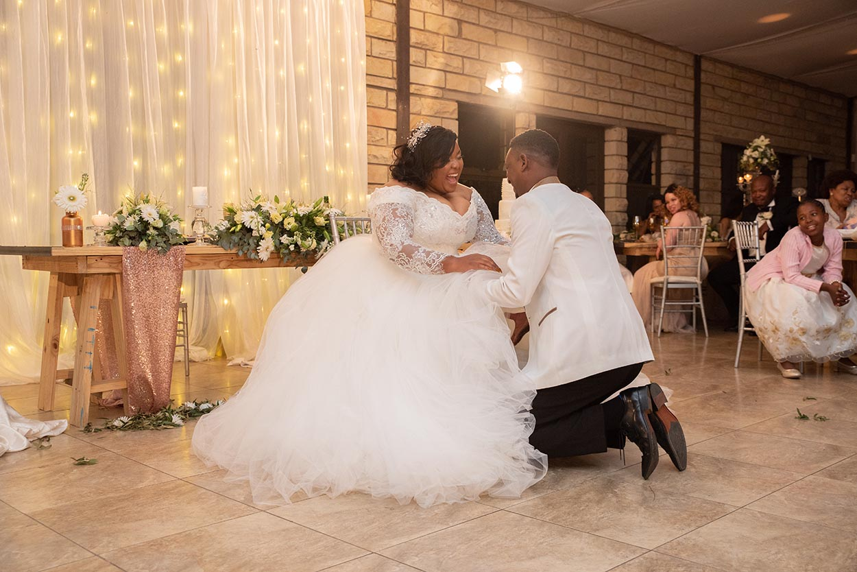 bloemfontein wedding garter take down